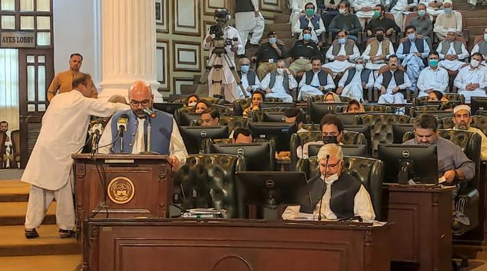 PTI-led KP govt presents Rs1,118.3bn budget for 2021-22