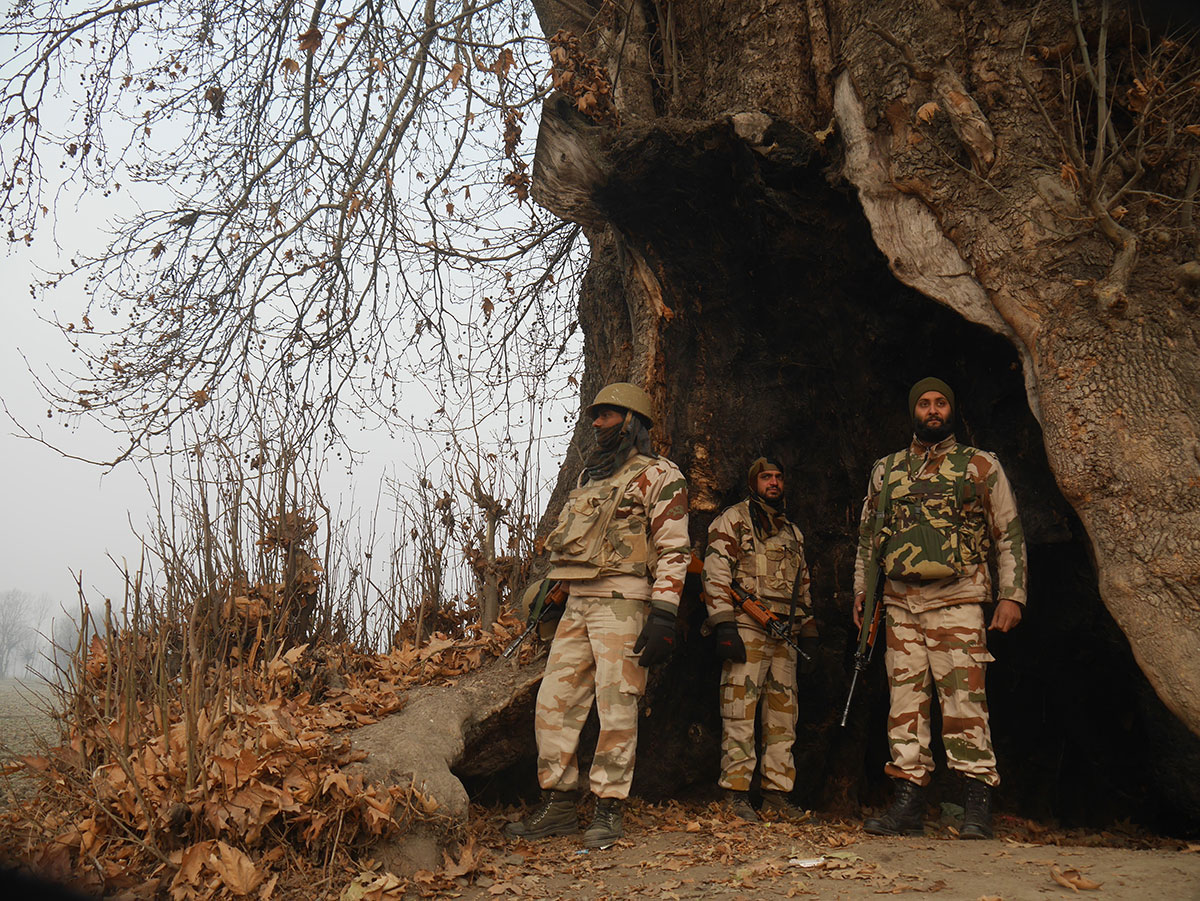 Occupying Indian troops - Al Jazeera