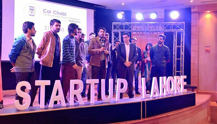 Car Chabi team and investors at Startup Lahore