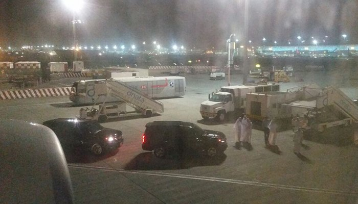 Convoy to receive Musharraf on tarmac at Dubai Airport