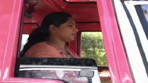 Pink Rickshaw service putting Lahore women in the driving seat