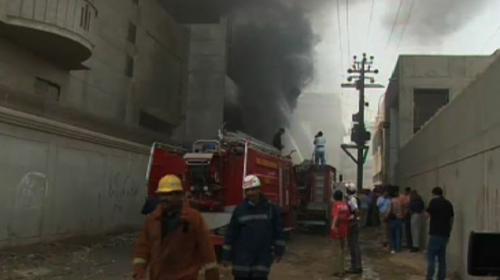 Garment factory catches fire in Karachi