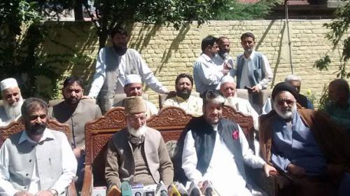 Three Kashmiri leaders join Hurriyat forum under Syed Ali Geelani