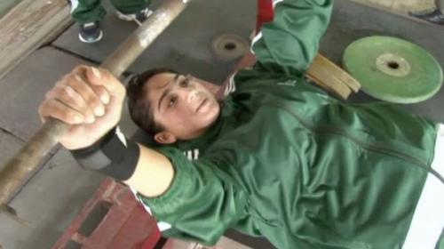 Pakistani female powerlifter Twinkle Sohail wins gold at Asian Championship