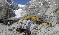 Pakistan Army extends helping hand to rescue avalanche-hit Indian soldiers