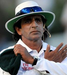 India bans umpire Asad Rauf over IPL scandal