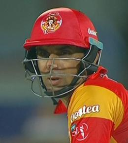 Misbah's Islamabad United beat Karachi Kings by 5 wickets