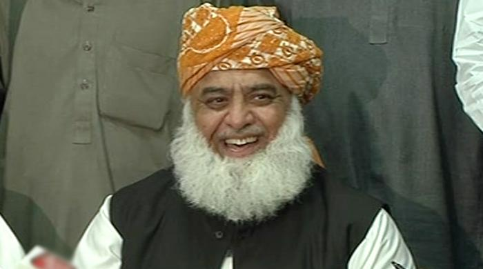 Fazl threatens to topple govt over women protection bill issue