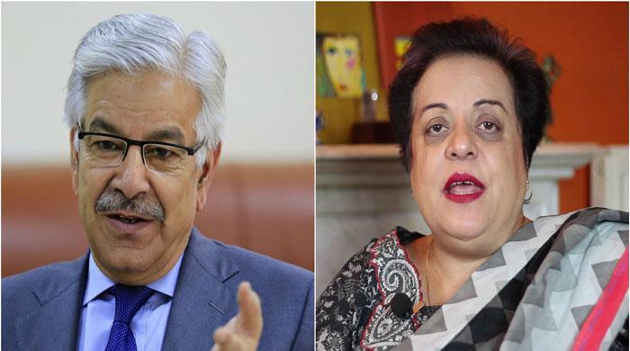 Khwaja Asif apologizes to Shireen Mazari for lewd remarks