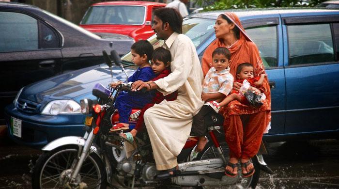 Pakistan misses family planning targets
