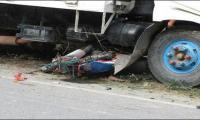 Four die as dumper truck hits vehicles in Lahore