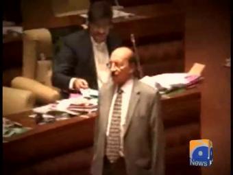 Syed Qaim Ali Shah forgets again