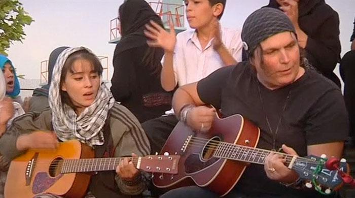 American guitarist uses music as healing force in Kabul