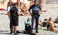 Top French court suspends burkini ban