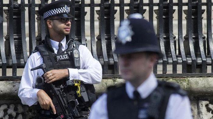 Bomb disposal squad deployed in central England after arrests