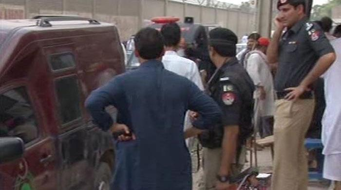 One killed, three injured in Karak grenade attack