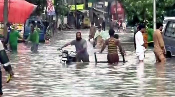 Torrential rains hit Lahore, power outages hit some areas