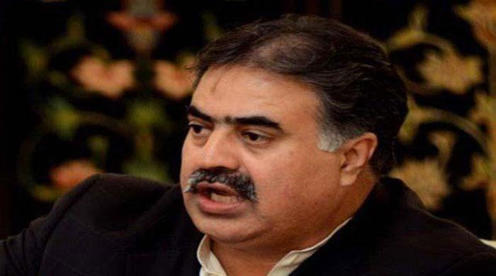 Balochistan CM Zehri lashes out at Brahamdagh Bugti