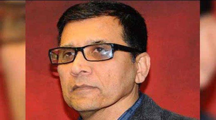 Nadeem Nusrat tasked to make new MQM in Pakistan