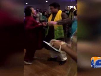 Video of Musharraf dancing with wife goes viral