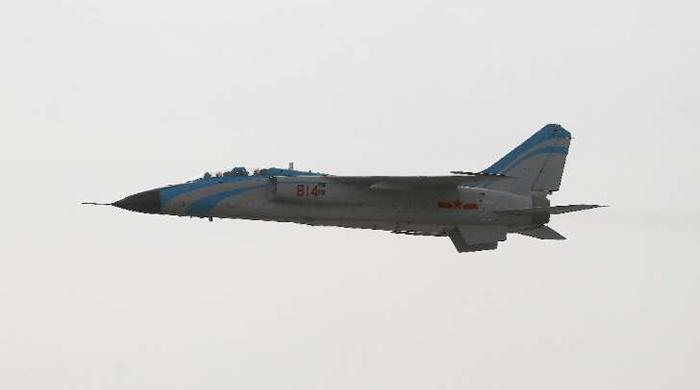 China flies army planes over strait near Japan