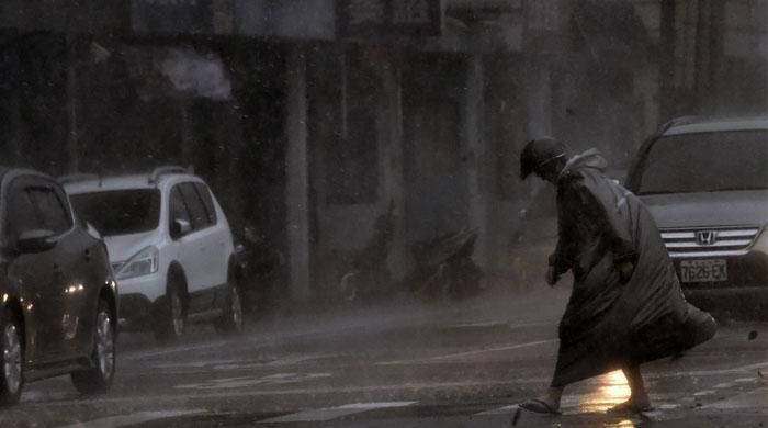Typhoon Megi kills four, leaves trail of damage in Taiwan