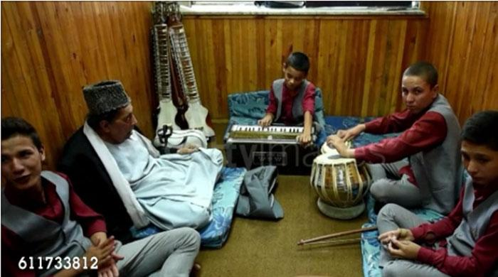 Music school hits right note for Kabul´s street children