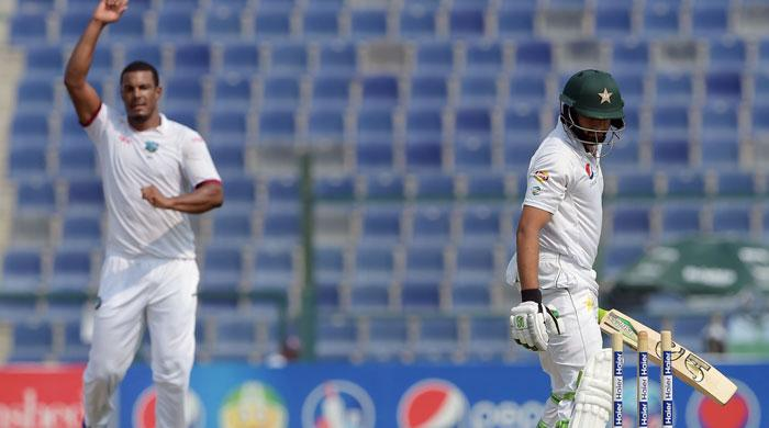 Abu Dhabi Test: Pakistan 95-2 at lunch in second Test
