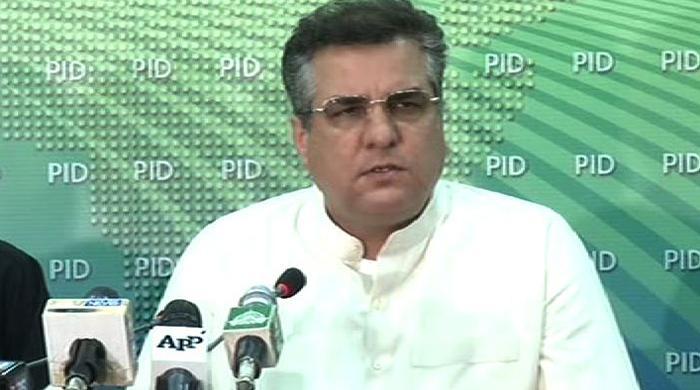Imran Khan invited armed jihadi groups to join sit-in, alleges Daniyal Aziz