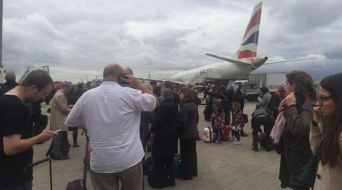 London airport evacuated after ´CS gas´ incident
