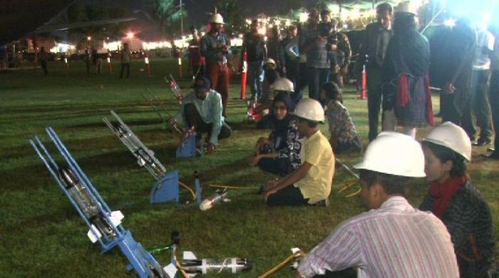 Space week held in Karachi