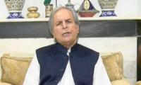 Imran doesn't march on Islamabad out of his own will: Hashmi