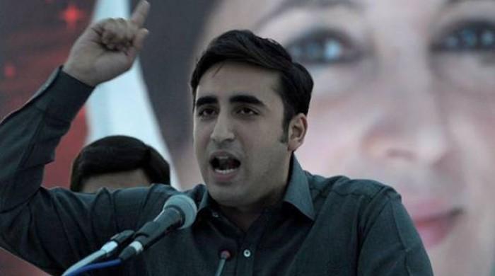 Bilawal tells Khawaja Asif to delete Twitter account