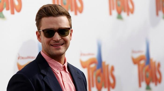 Pop singer Timberlake under investigation for Tennessee ballot selfie