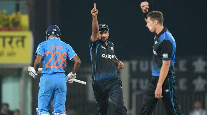 New Zealand beat India by 19 runs in 4th ODI