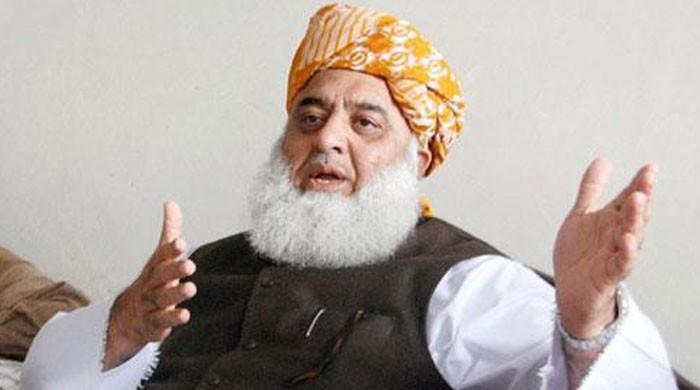 Those coming to stage sit-in will take to their heels, claims Fazl
