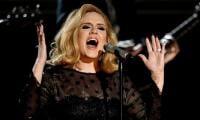 Adele endorses Hillary Clinton at concert in Miami