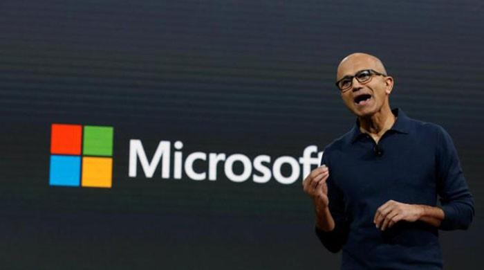 Microsoft launches first desktop, Windows update with 3D features