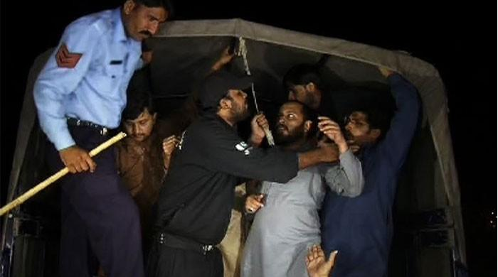 Police cracks down on PTI, arrests scores of workers in Islamabad