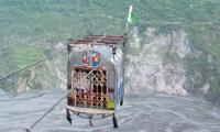 Residents of Hazara division forced to use unsafe chairlifts