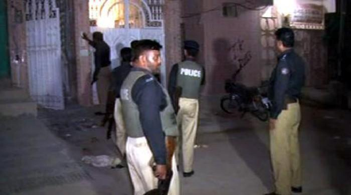 25 detained in Gujrat search operation
