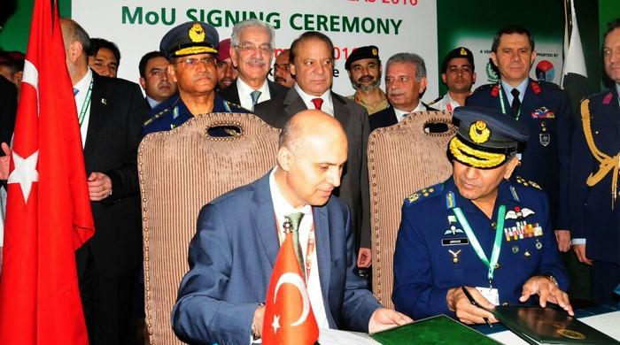 Pakistan signs agreement with Turkey to sell 52 Super Mushak basic trainers