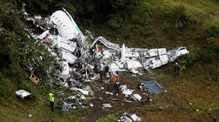 Soccer plane in Colombia crash was running out of fuel - recording
