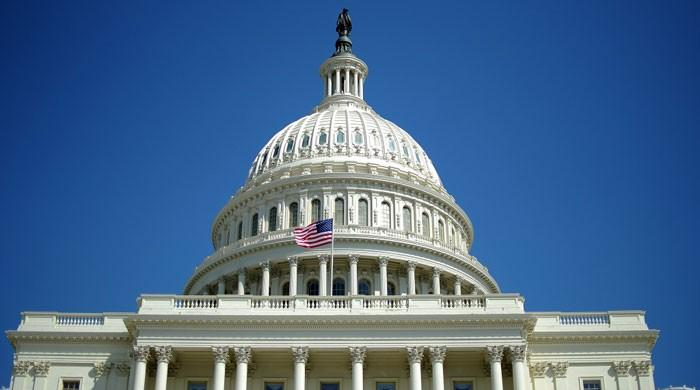US Senate passes Iran sanctions extension, bill goes to Obama