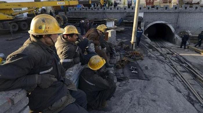 China coal mine blast kills 21: report
