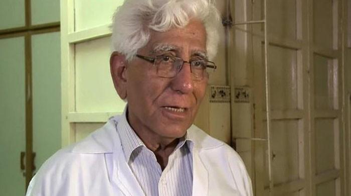 Dr Rizvi's talk inspires 40 JPMC doctors,medics to pledge organ donation