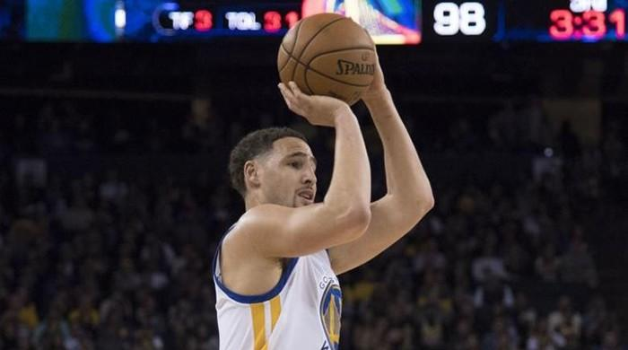 Klay Thompson first player to post 60 points in under 30 minutes