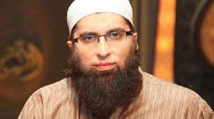 Junaid Jamshed, wife killed in PIA plane crash