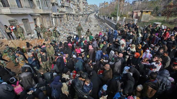 Russia says Syria army halts Aleppo attacks as rebels cornered