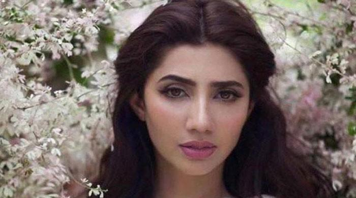 Mahira Khan celebrates birthday